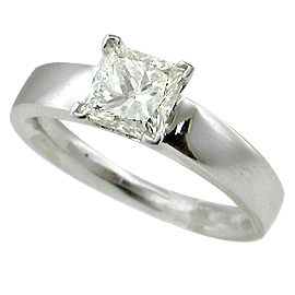 18K White Gold Solitaire Ring : 1.01 ct Diamond