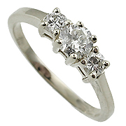 18K White Gold 0.60cttw Diamond Ring