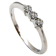 14K White Gold 0.12cttw Diamond Ring