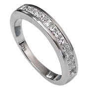 18K White Gold 0.60cttw Diamond Band