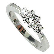 18K White Gold 0.50cttw Diamond Ring
