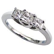 18K White Gold 1.10cttw Diamond Ring