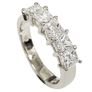 18K White Gold 1.50cttw Diamond Ring