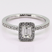 18K White Gold 0.69cttw Diamond Ring