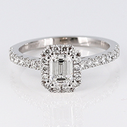18K White Gold 1.00cttw Diamond Ring