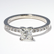 14K White Gold 0.60cttw Diamond Ring