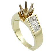 18K Yellow Gold Multi Stone Setting : 0.90 cttw Diamonds